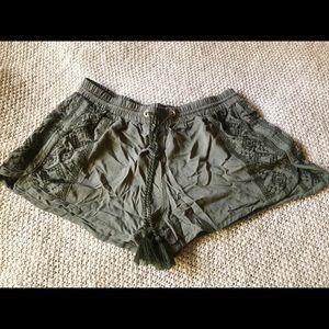 Derek Heart Shorts - Olive Green Embroidered Shorts